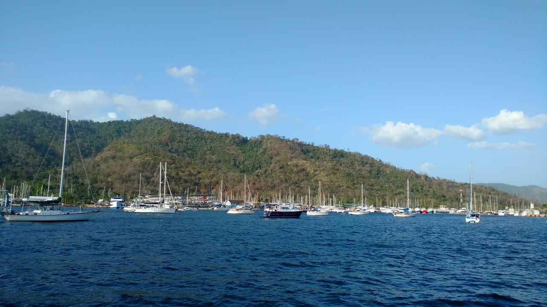 06. Trinidad, baie de Chaguaramas ; à cette époque de l'année, il y a du monde !
