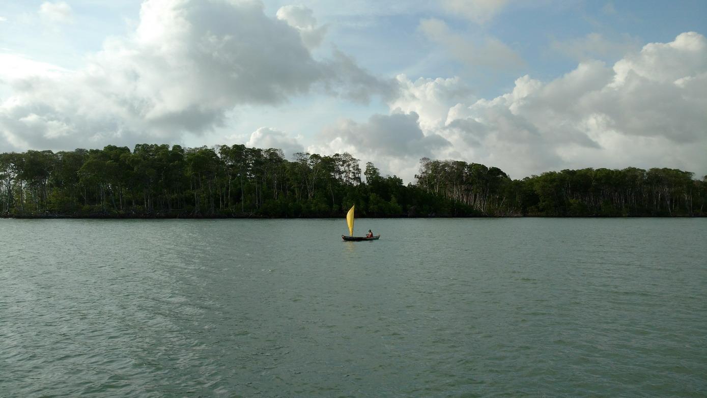 08. Lençóis, barque de pêche à voile