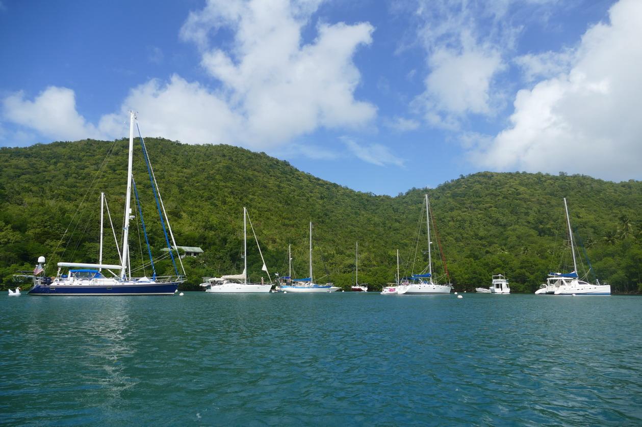 08. Ste Lucie, Marigot harbour, le lagon