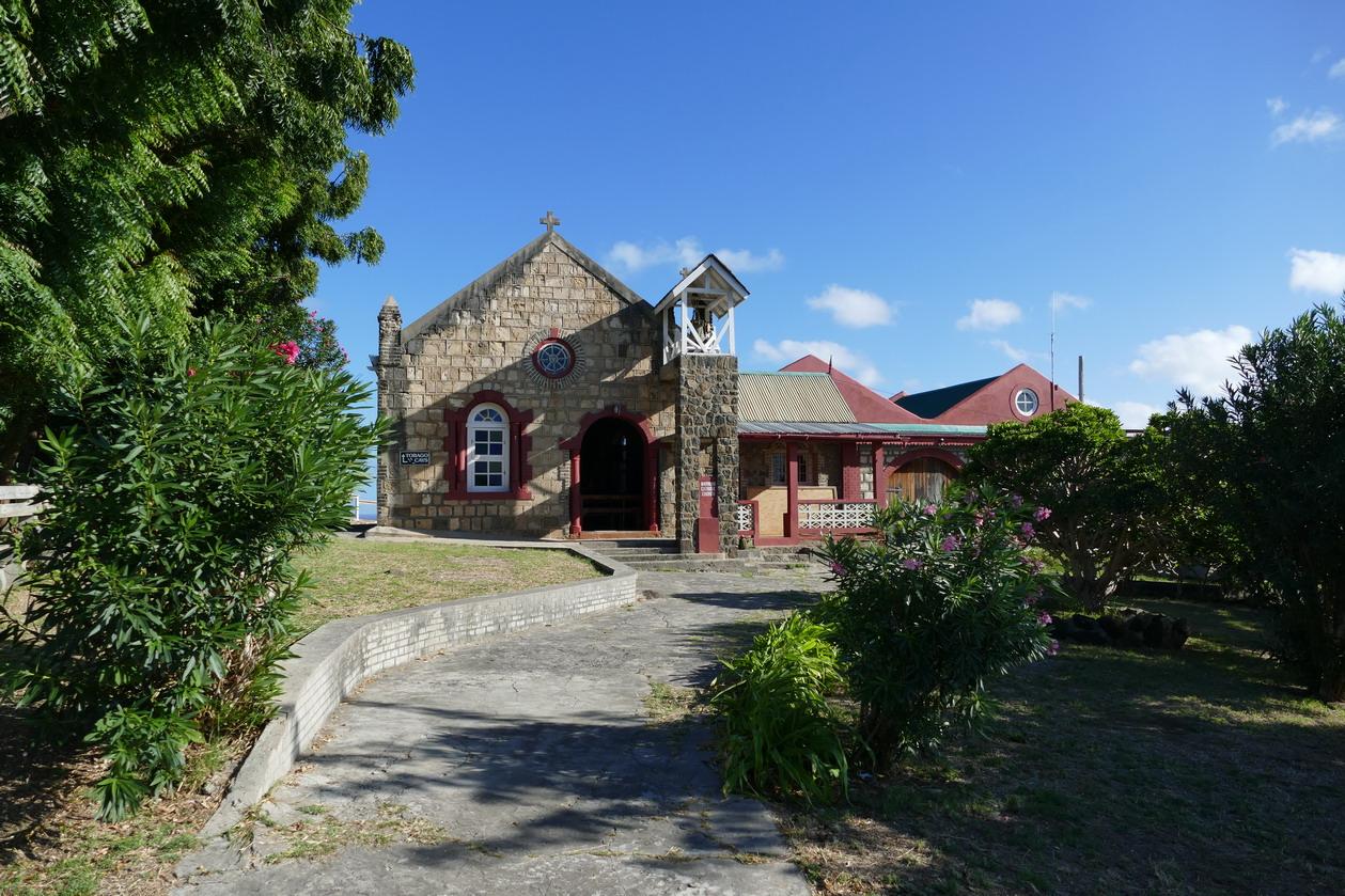 09. La petite église catholique fondée par une famille française