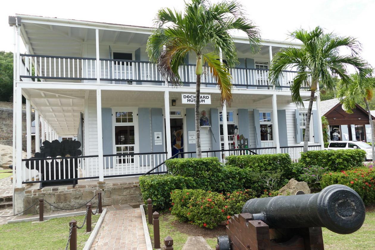 10. Antigua, English harbour, Nelson's dockyard, le musée