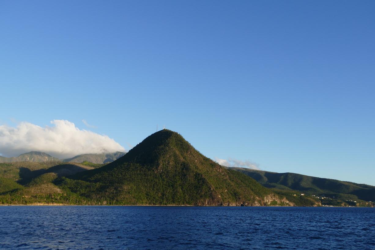 10. La Dominique ; la côte sous le vent