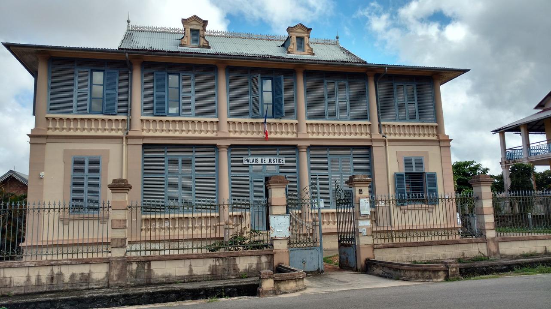 14. St Laurent du Maroni, le palais de justice