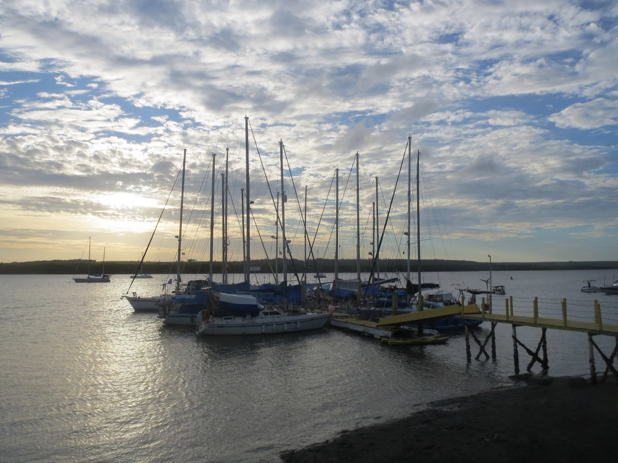 17. Le ponton B de a marina de Jacaré village