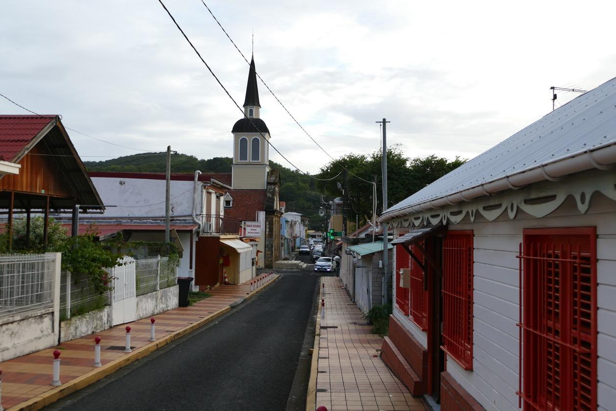 18. La Martinique, le bourg de Ste Anne