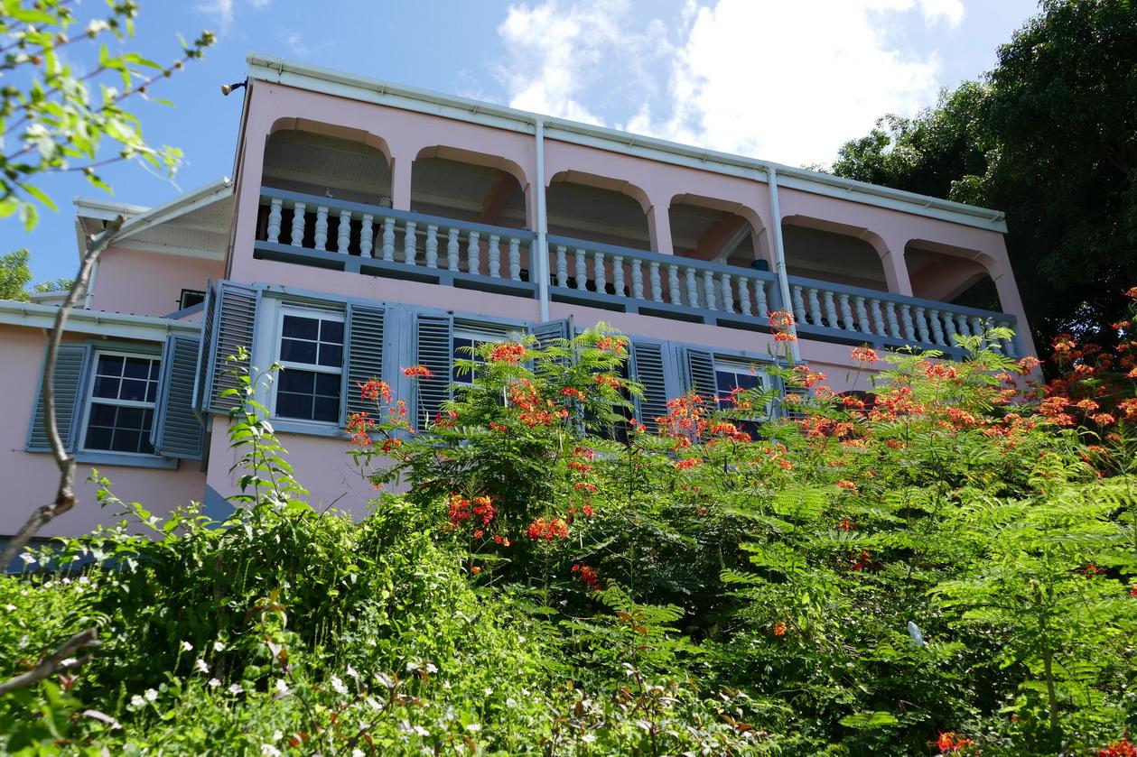 19. Villa style colonial autour de Prickle bay