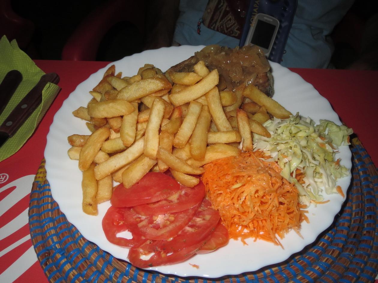 21. Steak de thon avec accompagnement pour 6.50 €