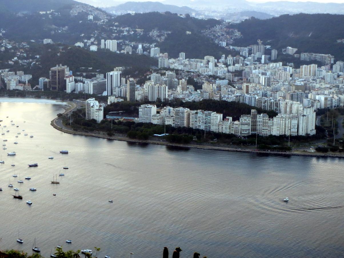 22. Du Pain de sucre vue du quartier de Flamengo