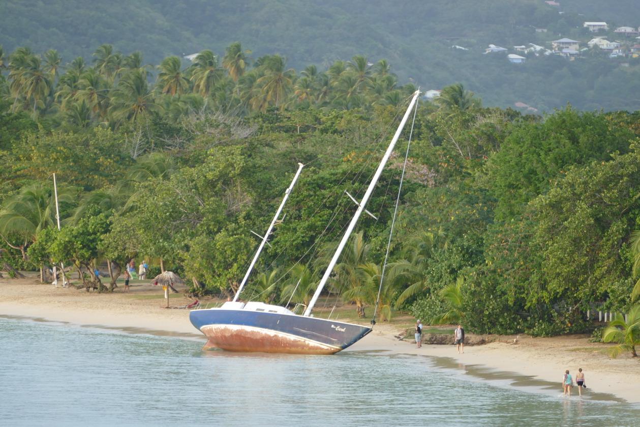 22. La Martinique, Ste Anne, la fin d'un rêvz