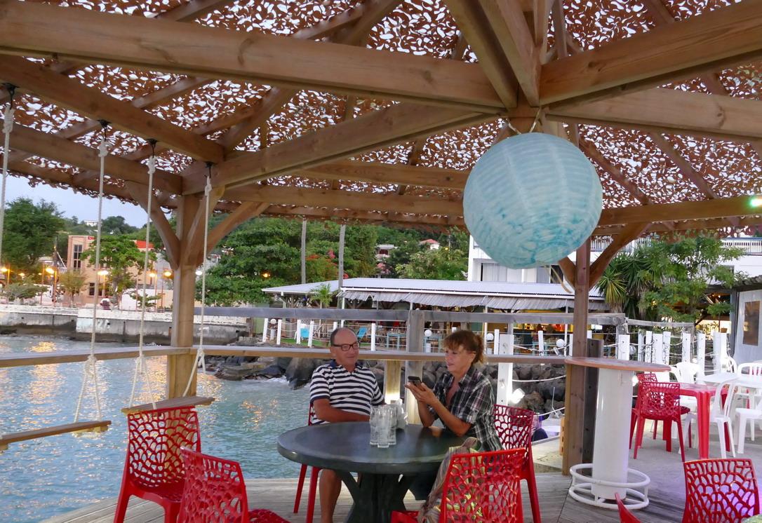 25. La Martinique, Ste Anne, la Dunette, restaurant de bord de mer