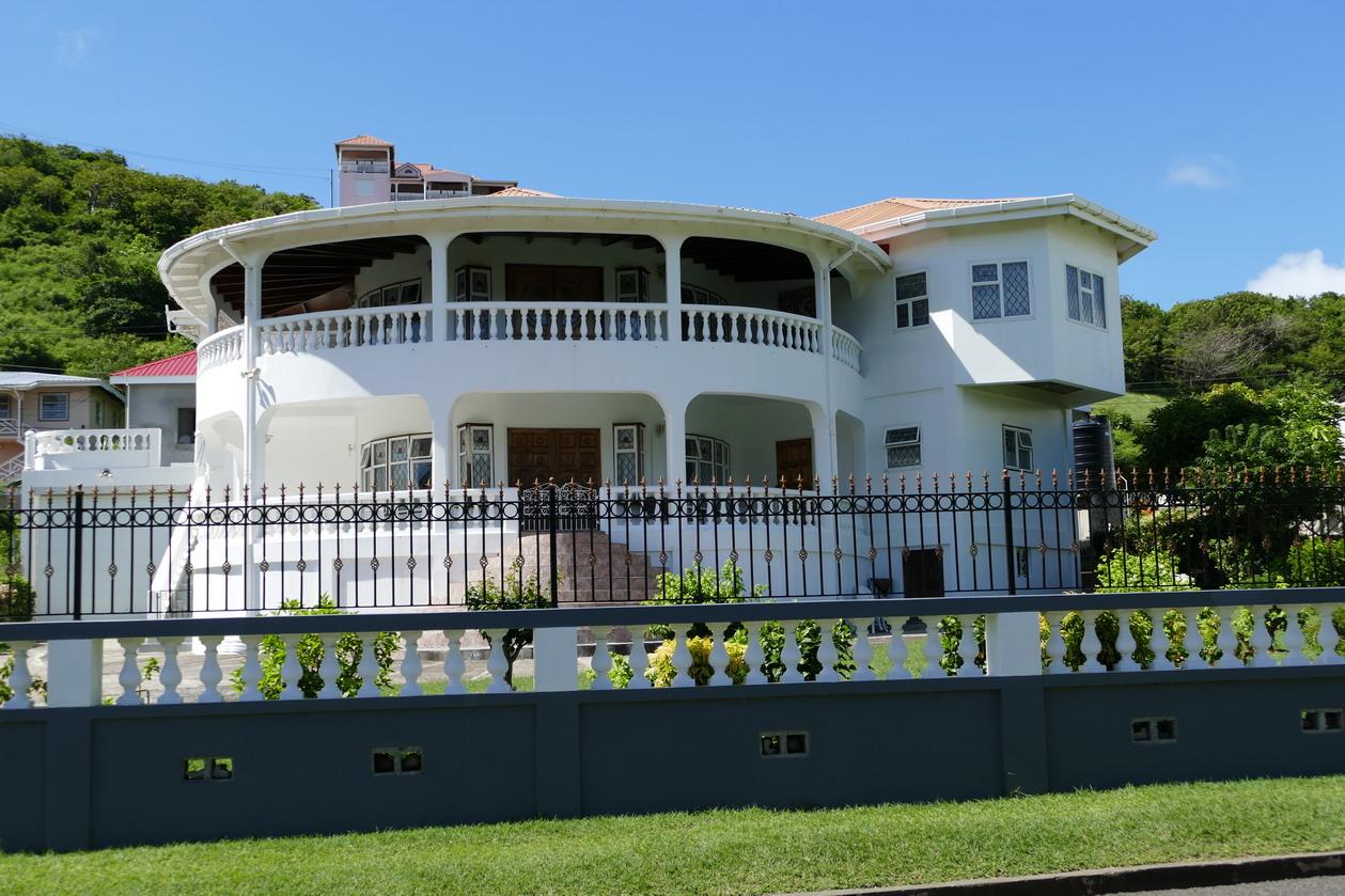 25. Villa autour de Prickle bay