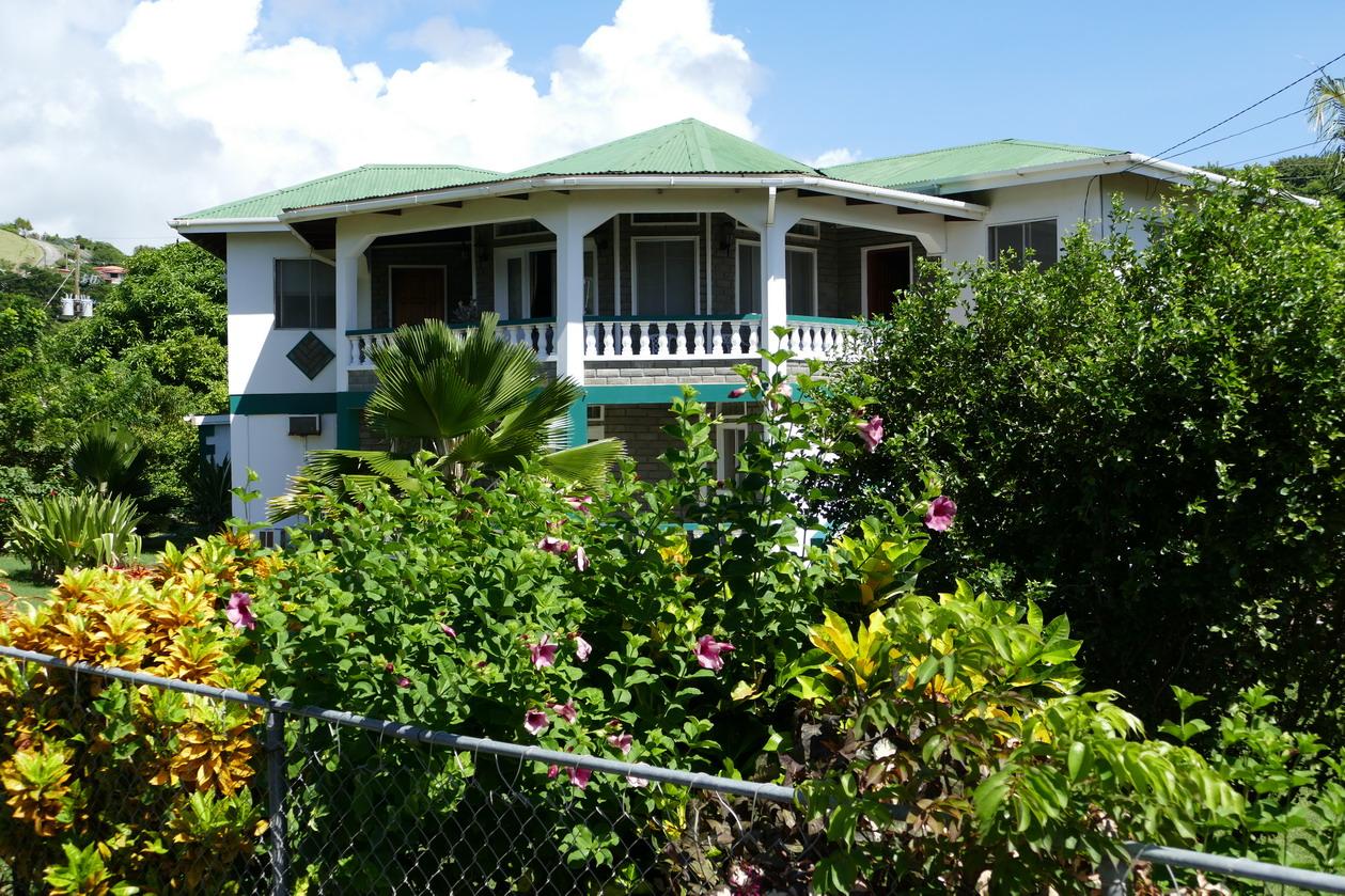 26. Villa autour de Prickle bay