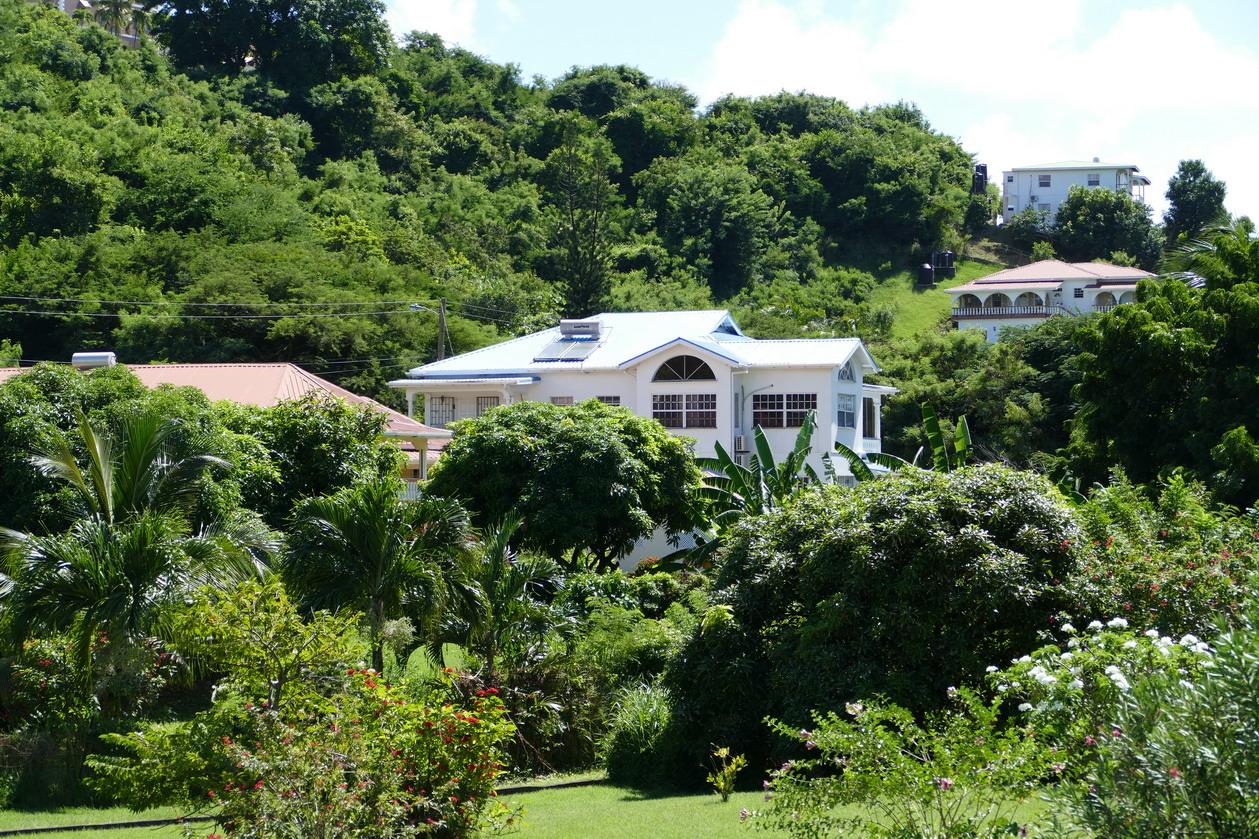 27. Villas autour de Prickle bay