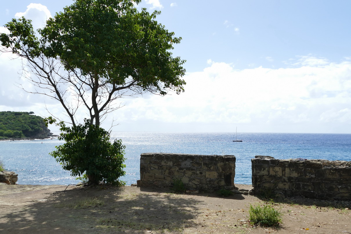 28. Antigua, English harbour, vue vers le large