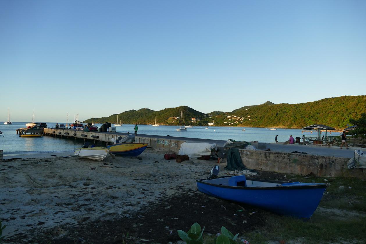 31. Canouan, Charlestown, l'embarcadère du ferry