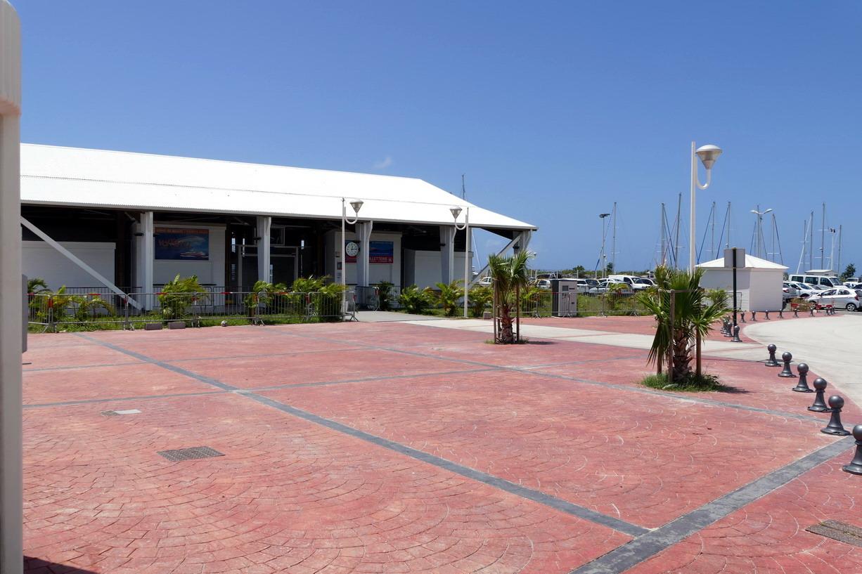 32. Marie-Galante ; Grand-Bourg, la gare maritime