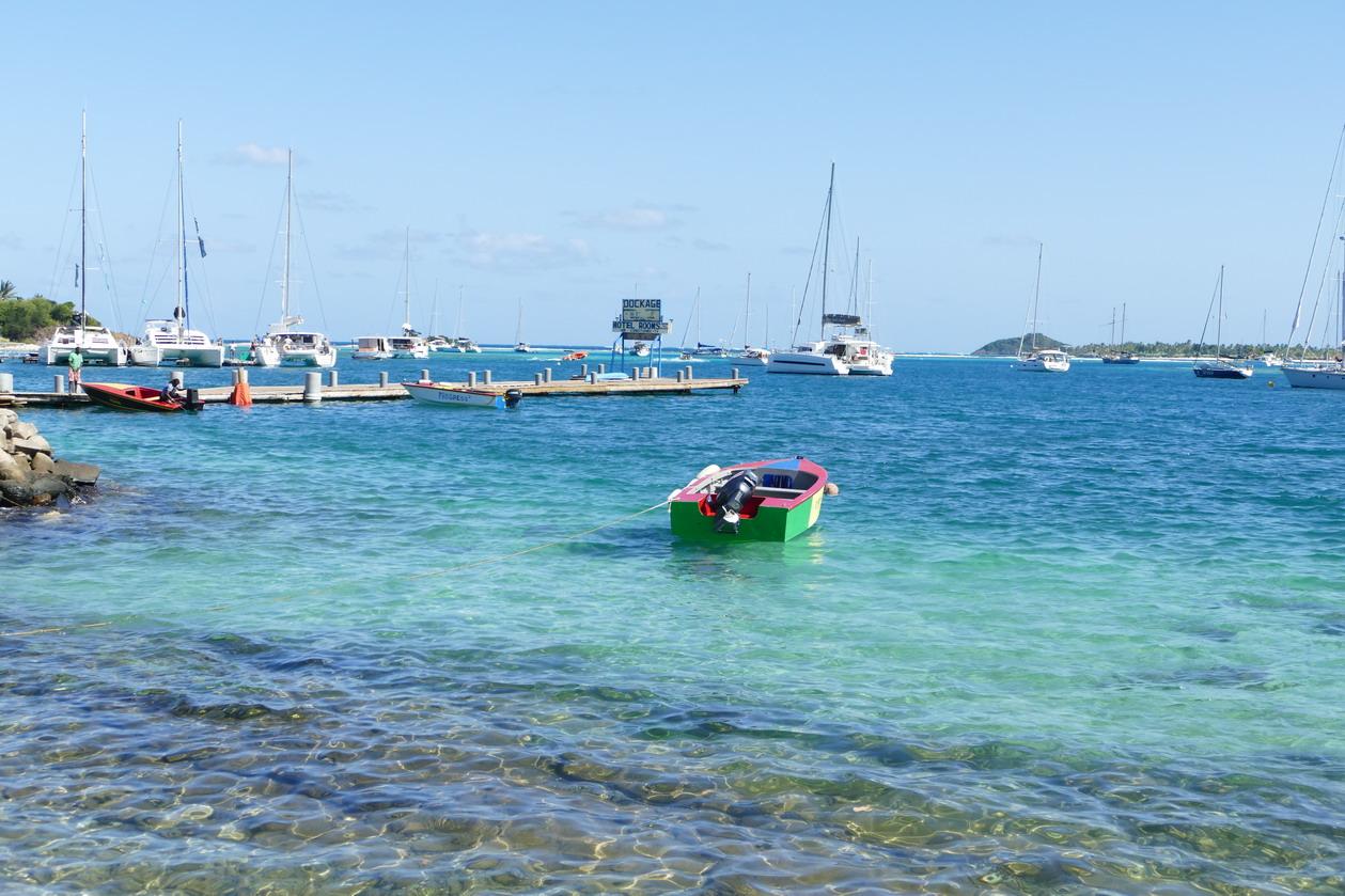32. Union island, Clifton harbour