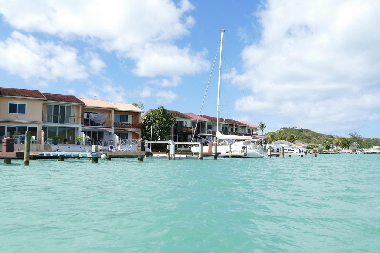 38. Antigua, la lagune de Jolly harbour