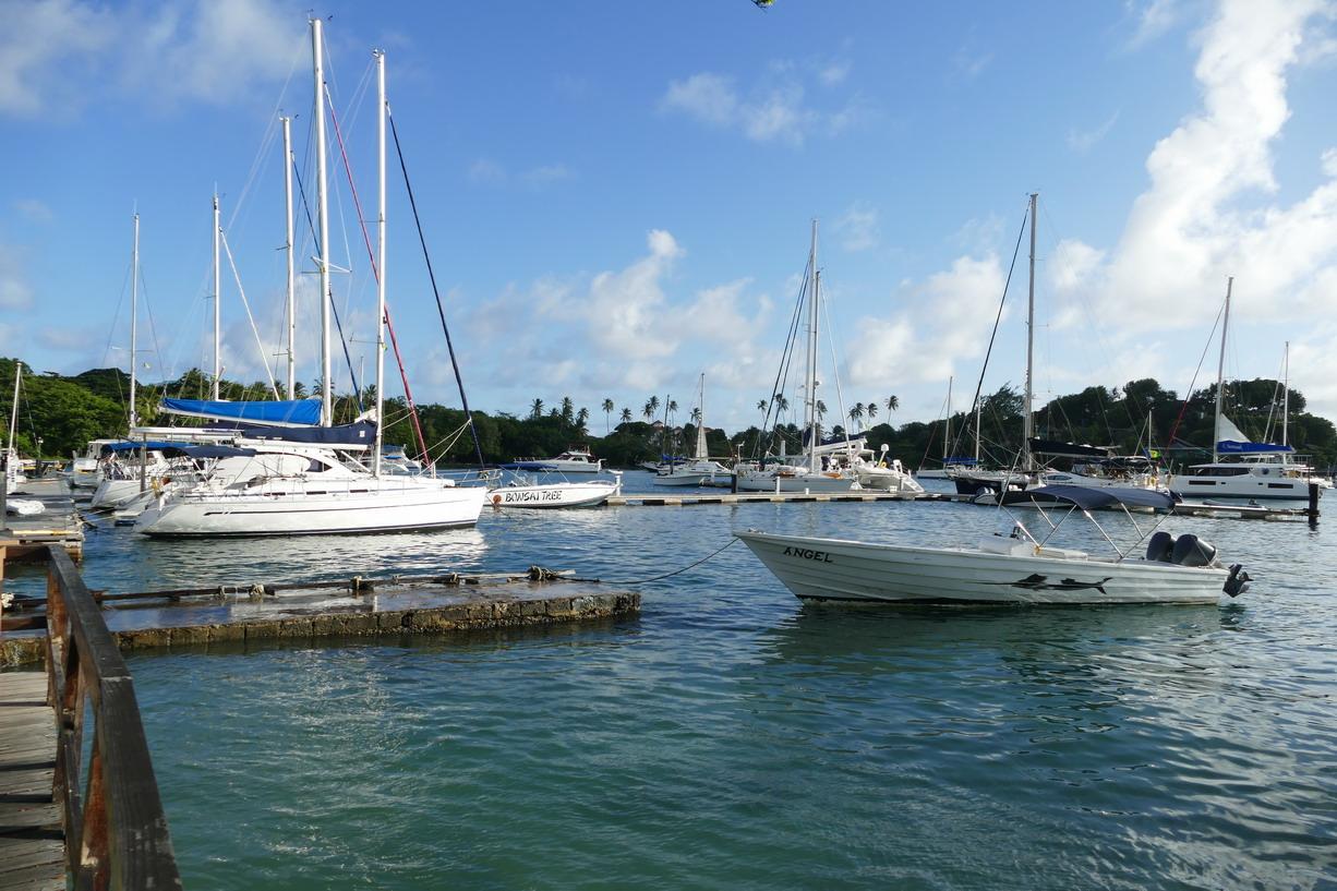 38. St Vincent, Blue lagoon