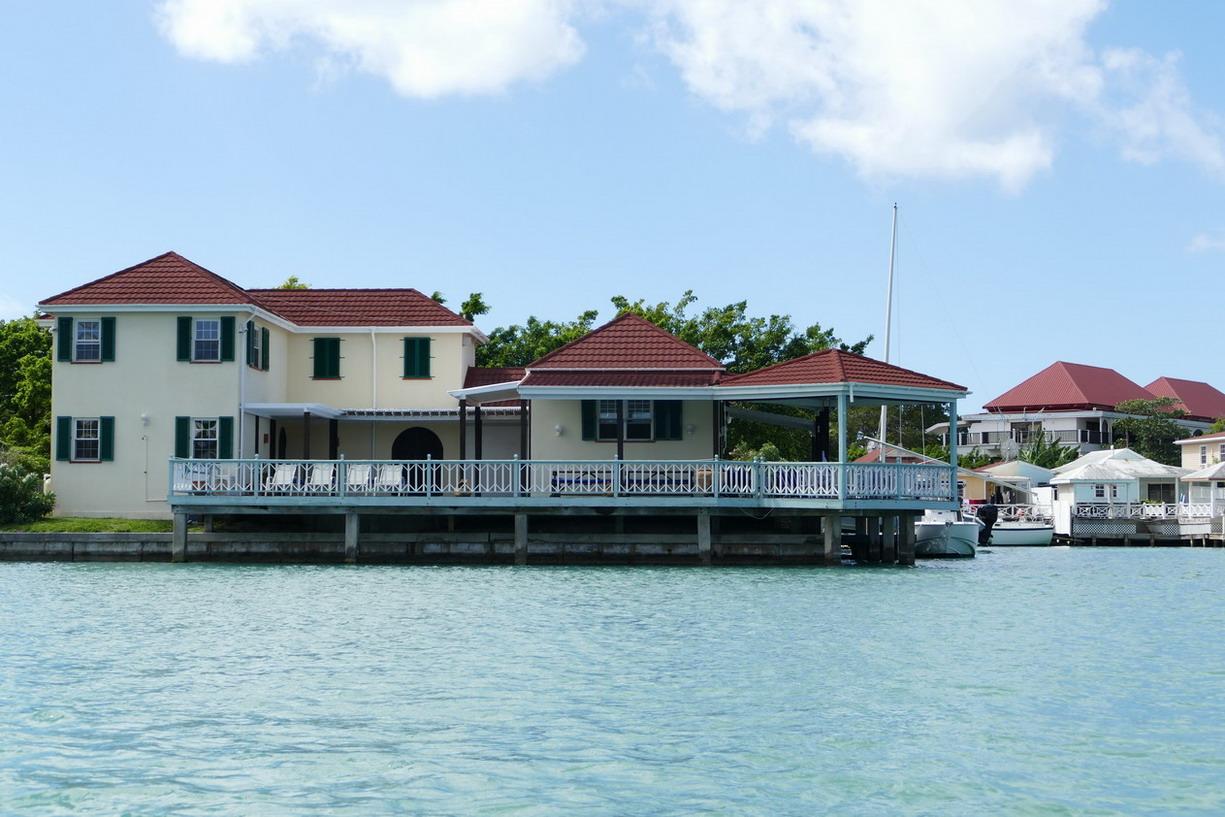 41. Antigua, la lagune de Jolly harbour