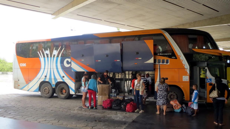 42. SdB, gare routière, nous embarquons pour Joao Pessoa (950 km) : Mindelo est au bout de la route