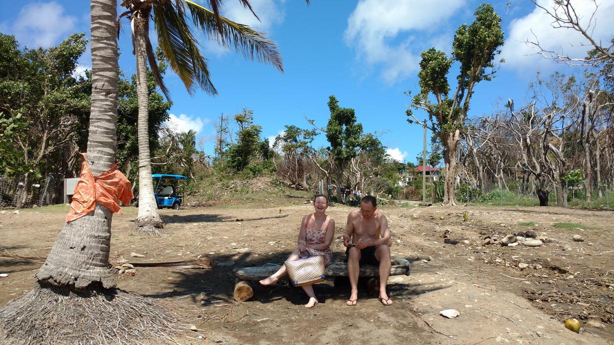 44. La plage du Figuier a été quelque peu dévastée par le cyclone