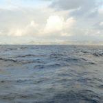 01. L'île de St Martin au petit matin dans le lointain