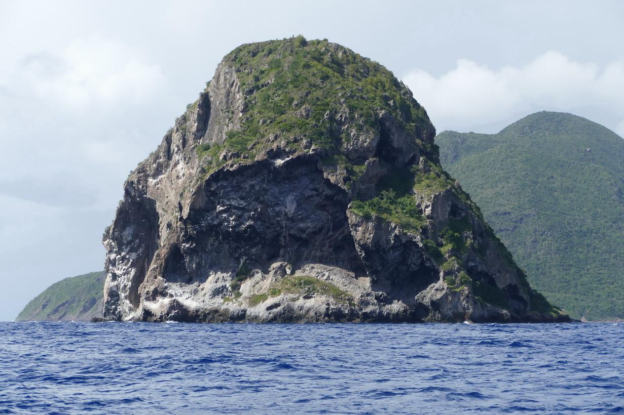 01. La Martinique, le rocher et la pointe du Diamant