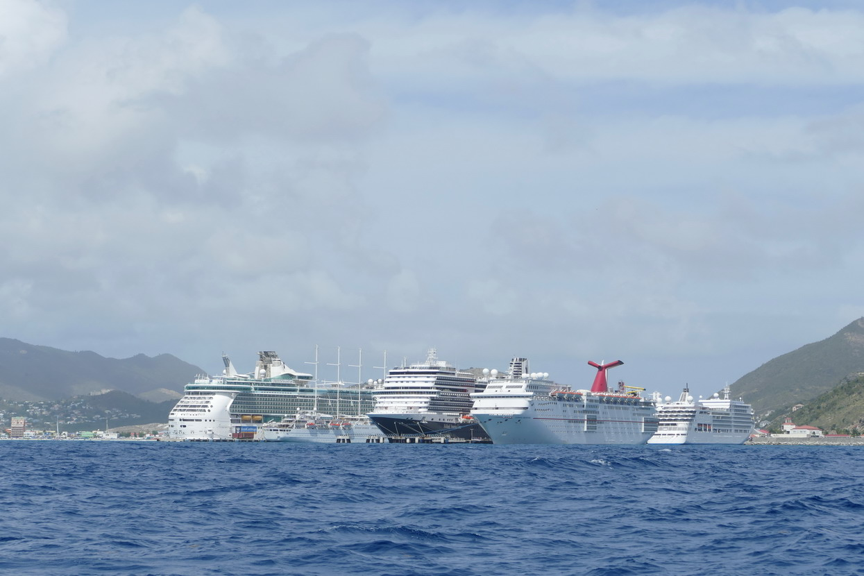 02. Sint Maarten, Philipsburg, les paquebots sont omniprésents
