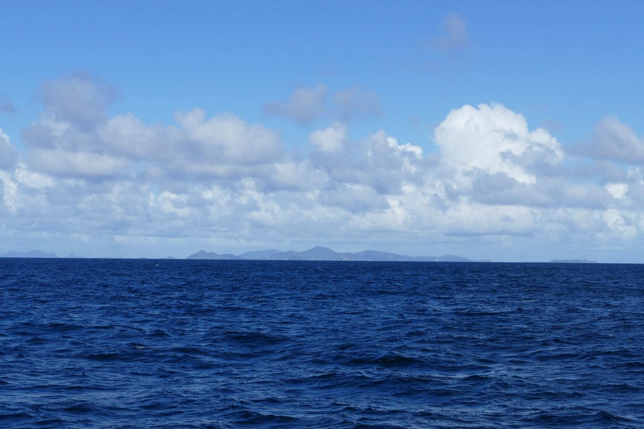 03. L'île de Carriacou dans le lointain