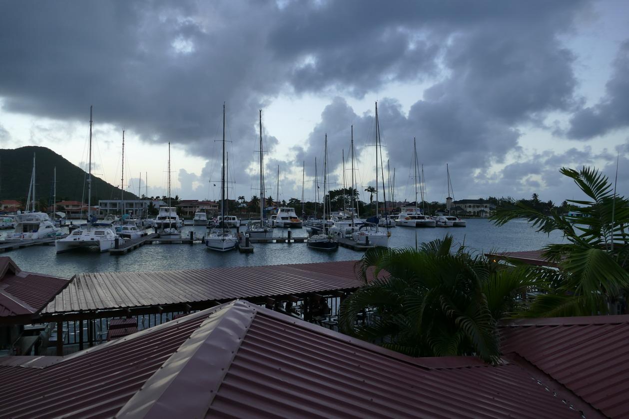 03. La marina de Rodney bay , un peu vide avant l'arrivée de l'ARC