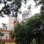 05. BH, l'église Sao José au milieu des immeubles