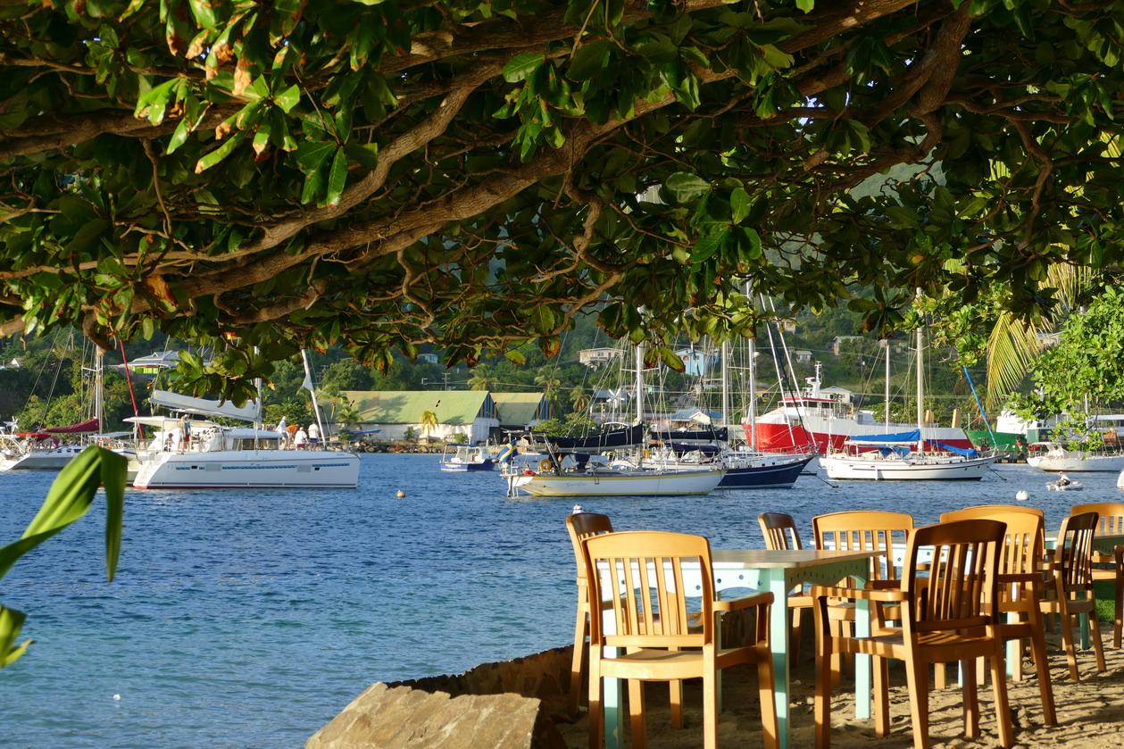 06. Bequia, Port Elisabeth, à la terrasse de l'hôtel pension Gingerbread