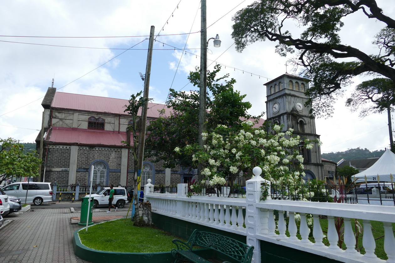 07. Castries, la basilique