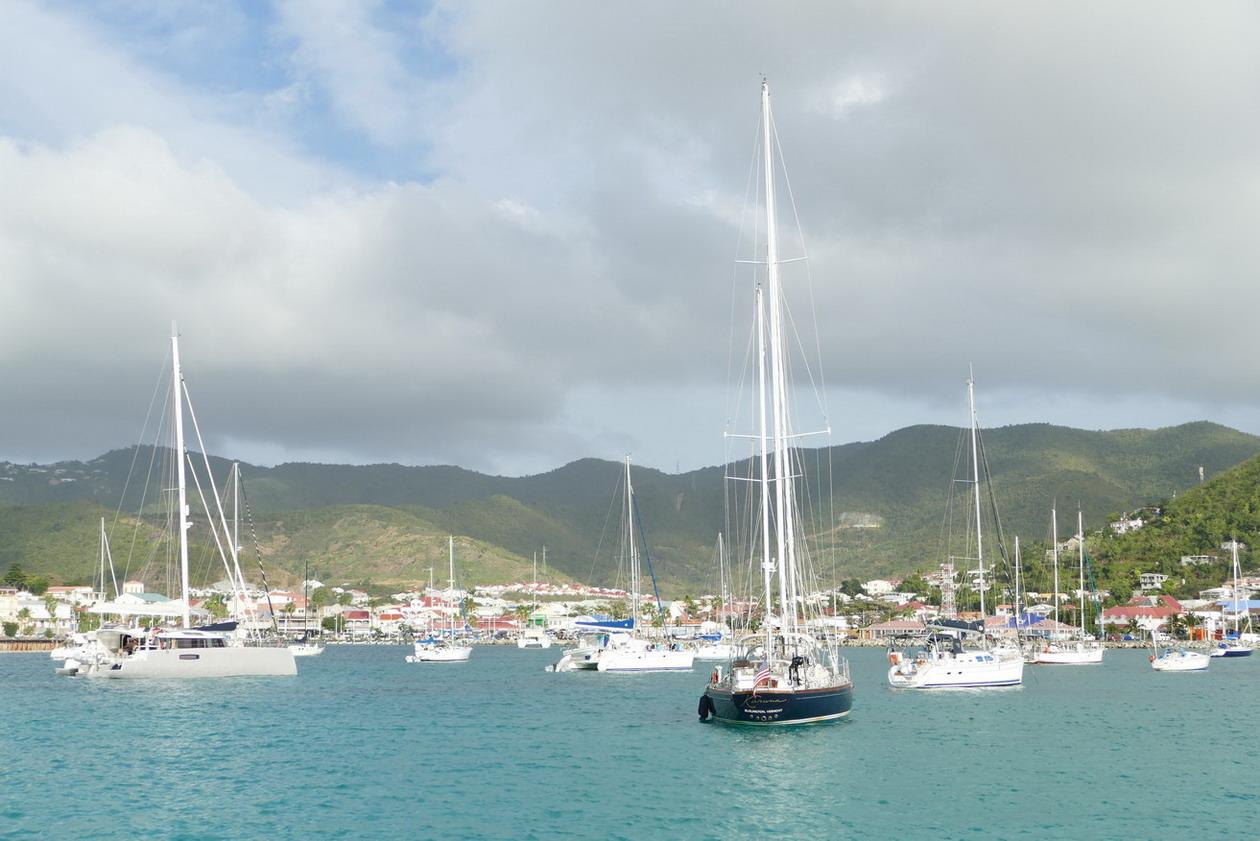 07. St Martin, la zone de mouillage de Marigot
