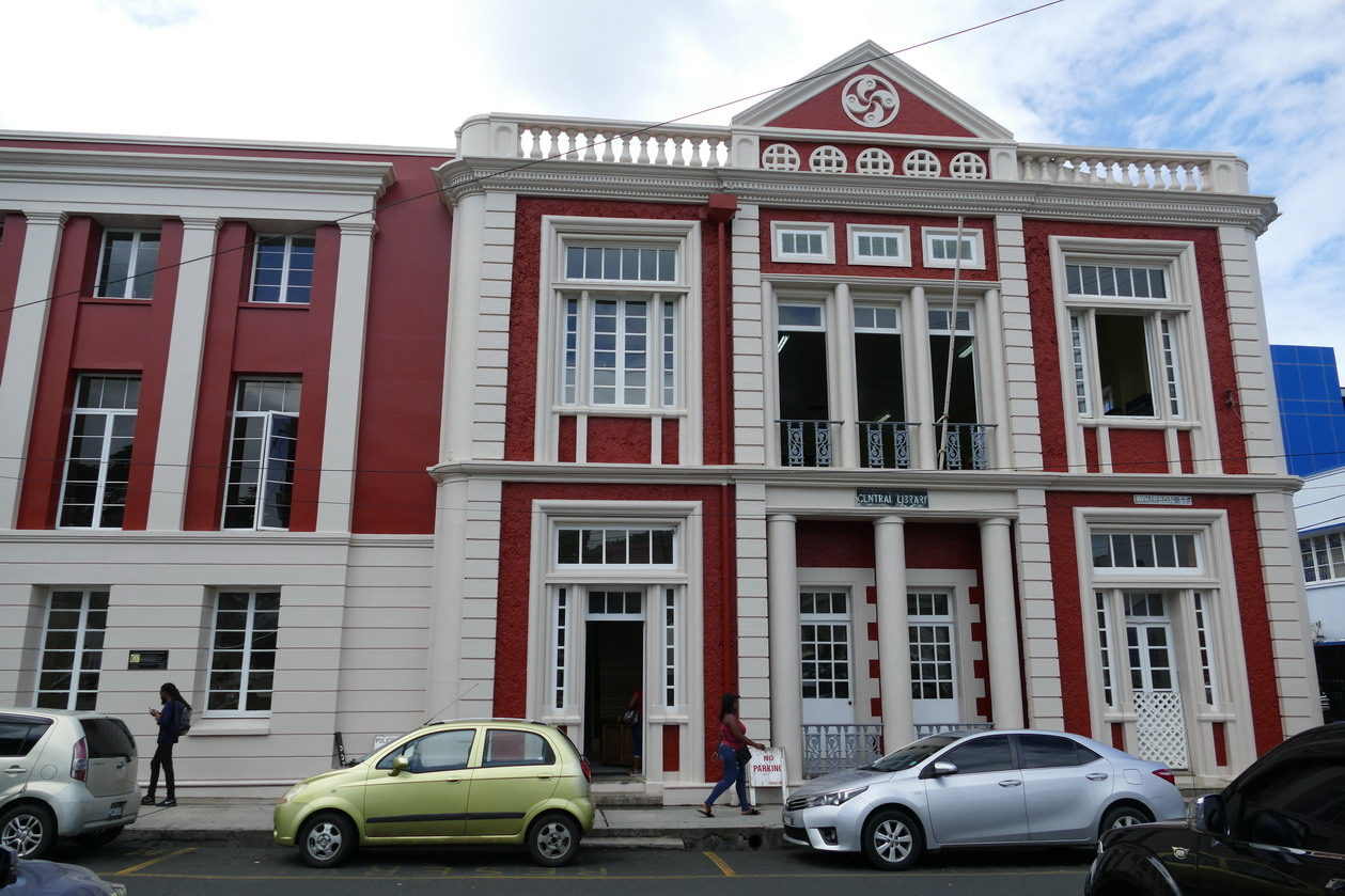 09. Castries, la central library