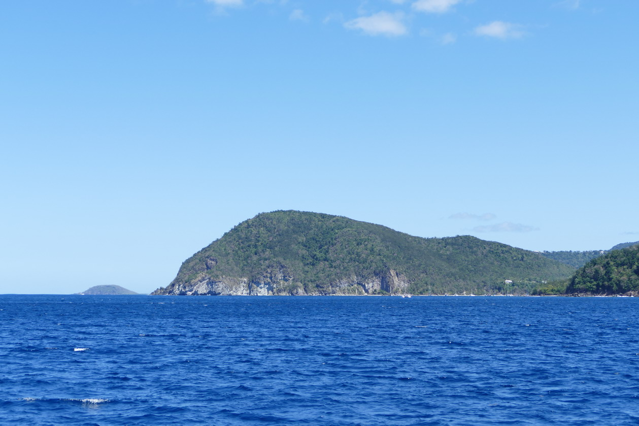 09. La Guadeloupe ; la baie de Deshaies au NW de l'île