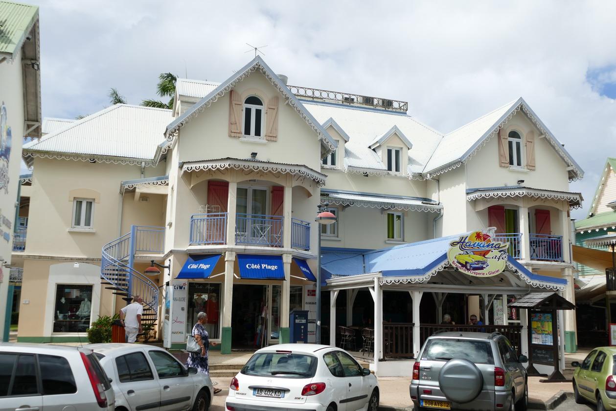 09. La Pointe du Bout, le village créole