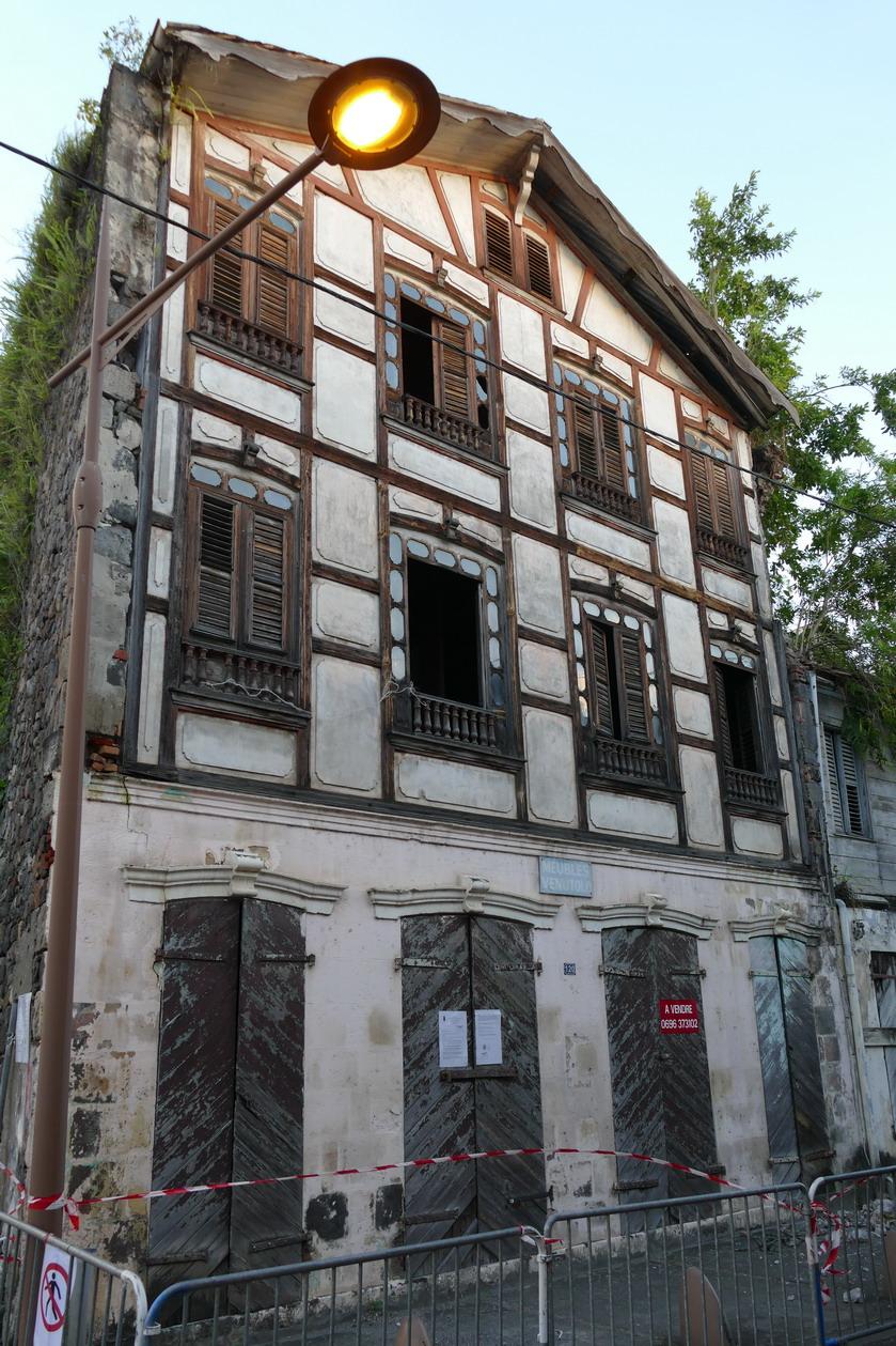 09. Saint-Pierre ; maison typique