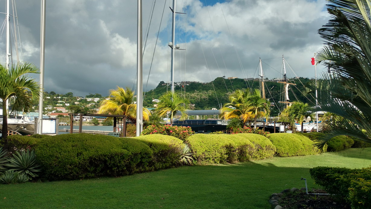 12. La marina de Port Louis