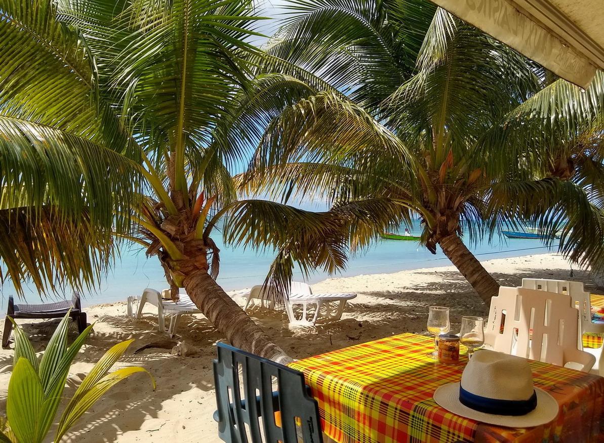 12. Marie-Galante, la plage de l'anse Canot