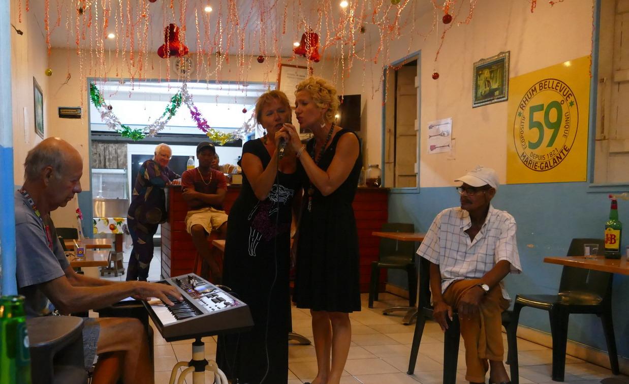 14. Boeuf musical chez Judith à Saint-Louis ; Delphine, Michèle et Patrice