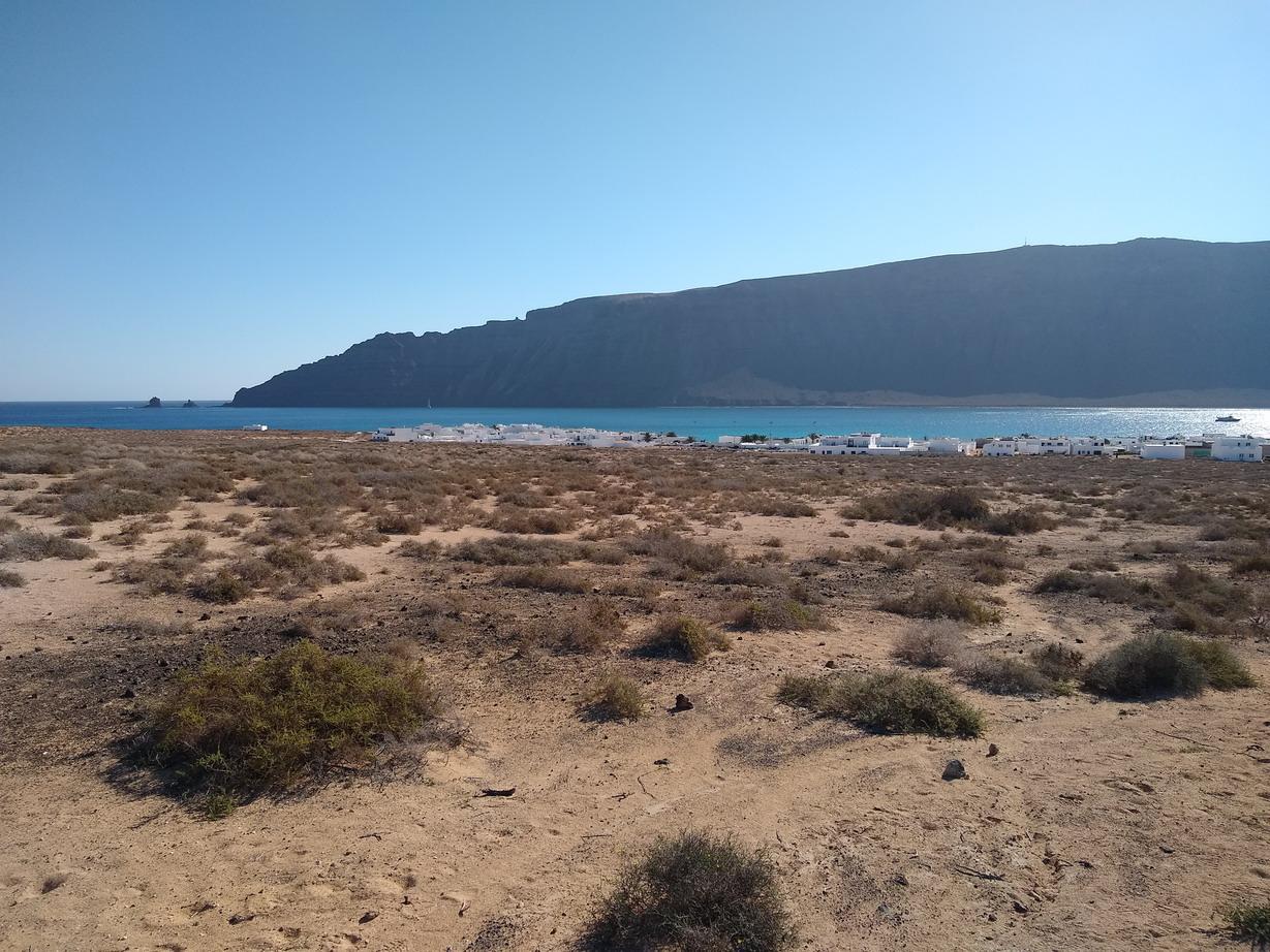 14. La Graciosa - La Caleta de Sebo, le Rio et les falaises de Lanzarote