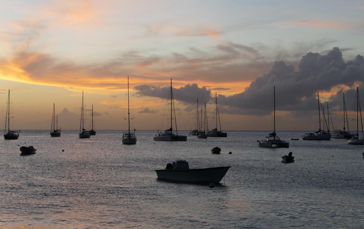 15. La Martinique, Petite Anse d'Arlet, le mouillage