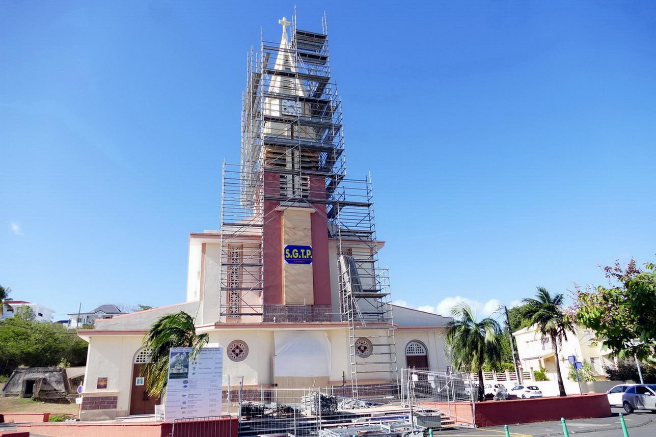 15. Ste Anne, l'église en travaux