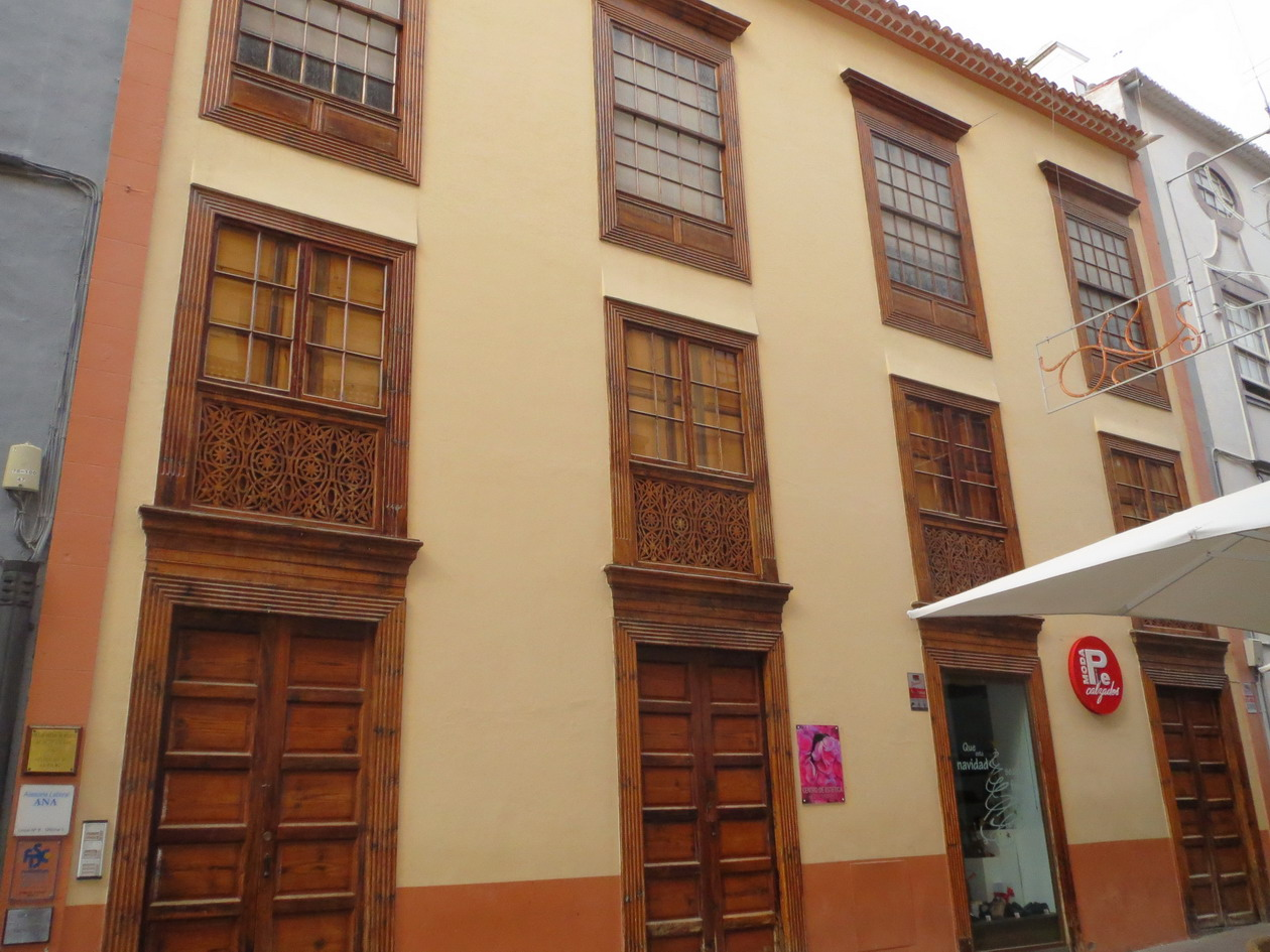 16. Santa Cruz de La Palma