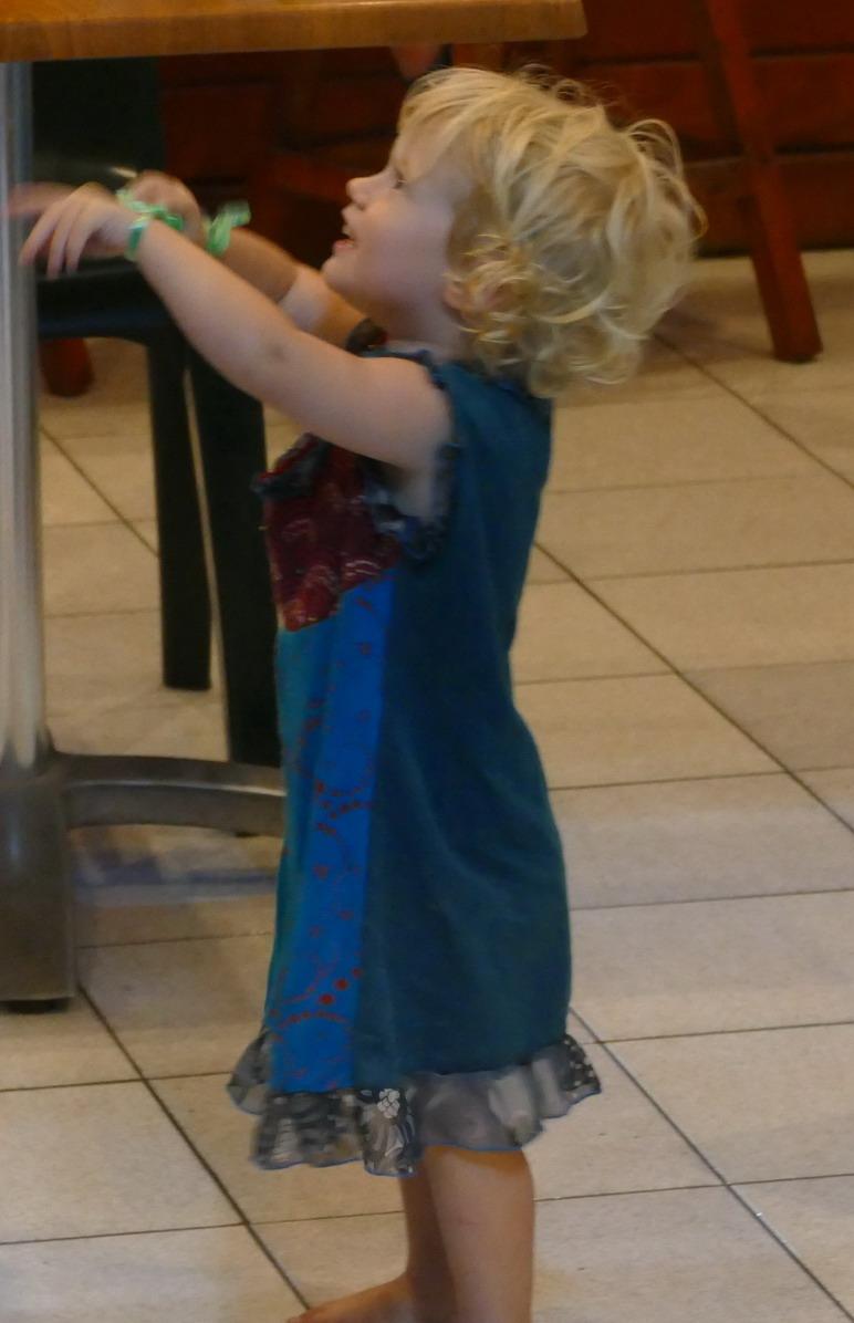 17. Boeuf musical chez Judith à Saint-Louis ; Ieva virevolte et tourbillonne à chaque instant