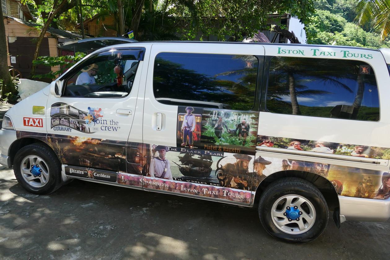 19. Mais les taxis sont contents d'attirer les touristes vers ce lieu de pélerinage