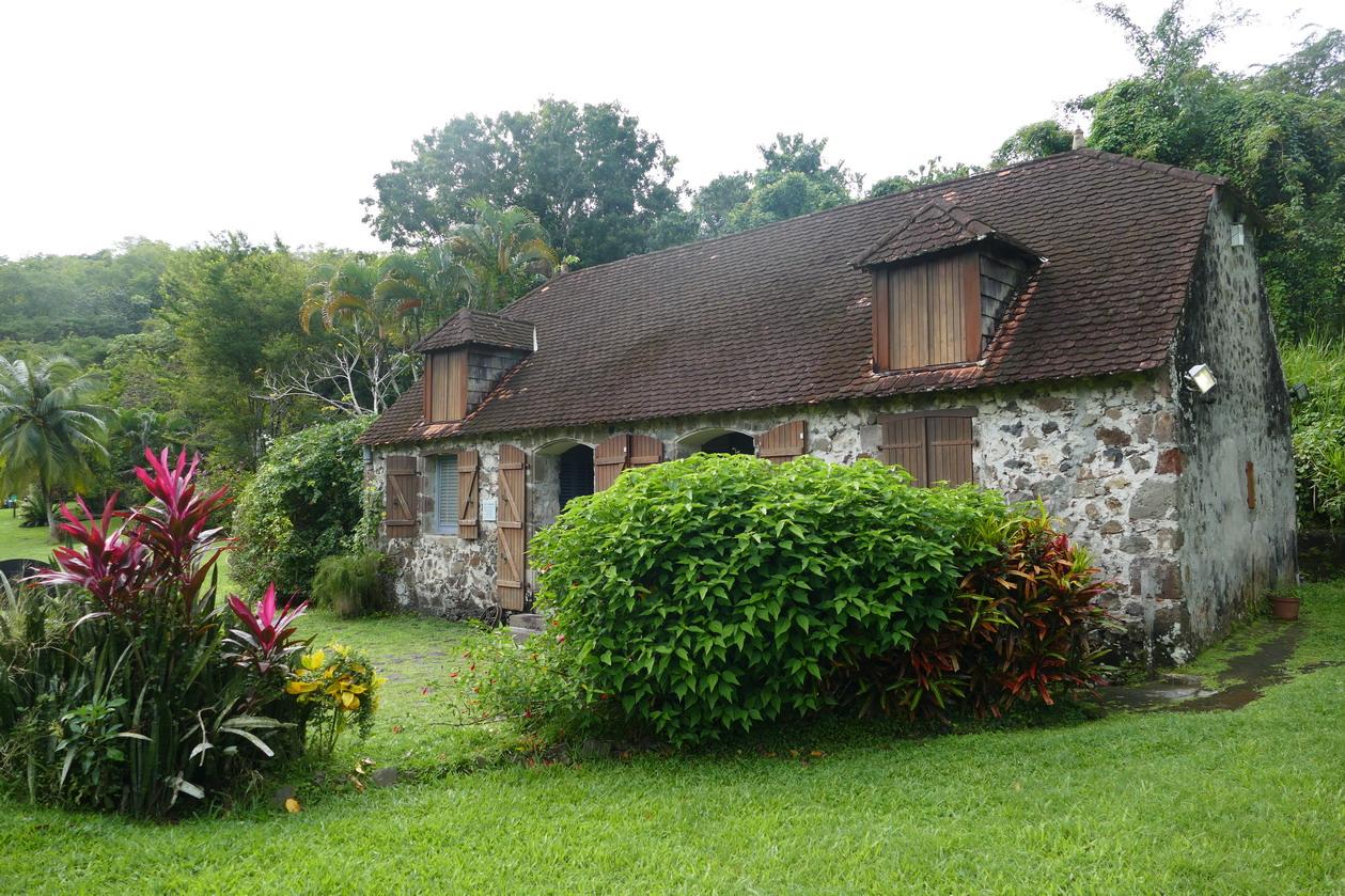 20. La Pagerie, domaine des Tascher ; les communs, où la famille s'installa après le cyclone, ont été transformés en petit musée