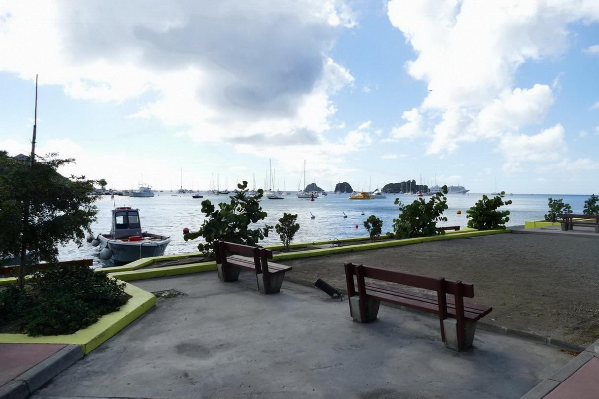 20. St Barth, Gustavia, l'aire de mouillage vue du port